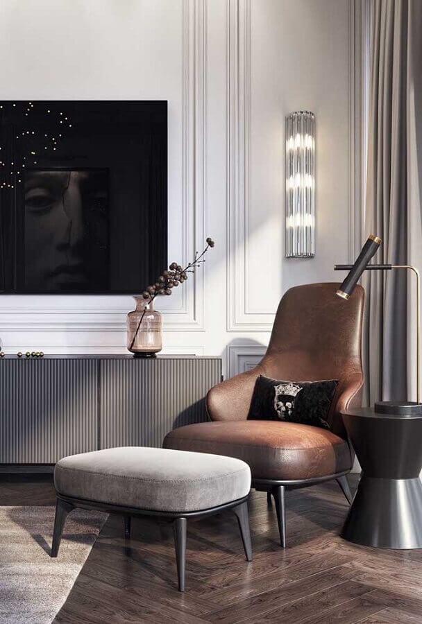 poltrona marrom para decoração de sala cinza moderna Foto Architecture Art Designs