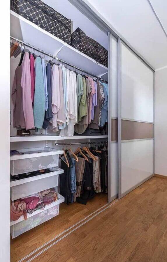 Portas de correr para guarda roupa closet pequeno