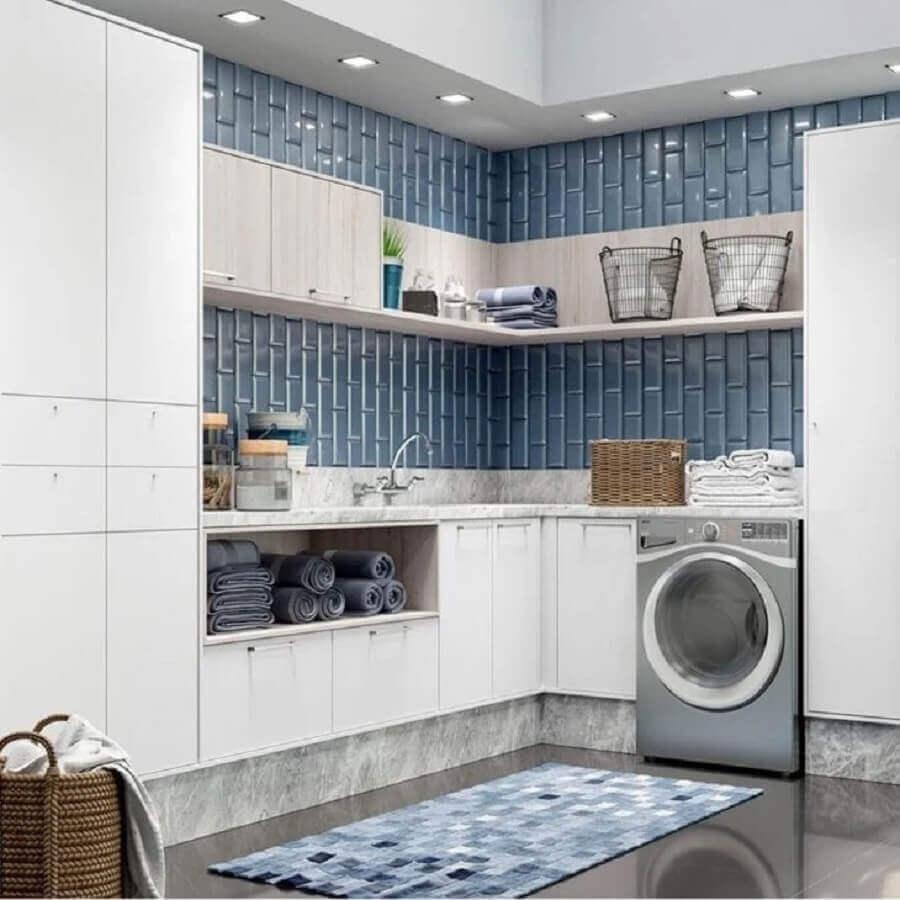 Prateleira de canto para lavanderia decorada na cor azul e cinza