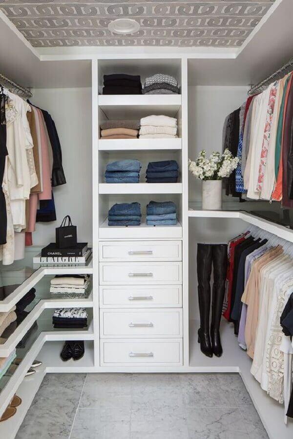 Prateleiras de vidro para guarda roupa estilo closet