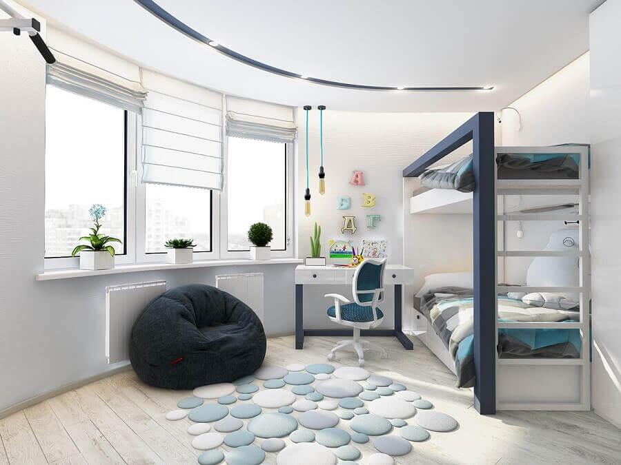 puff fofão preto para quarto branco decorado com beliche planejada  Foto Jeito de Casa