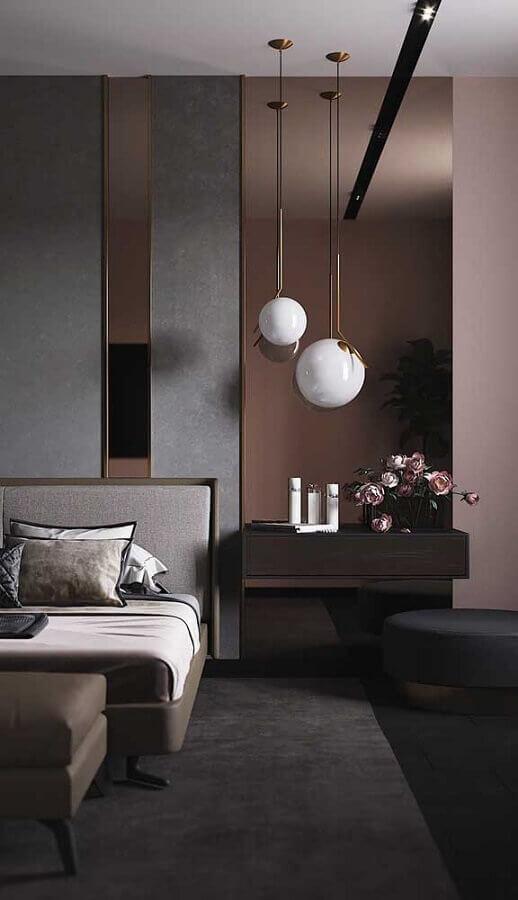 puff preto para quarto de casal moderno com decoração sofisticada Foto Behance
