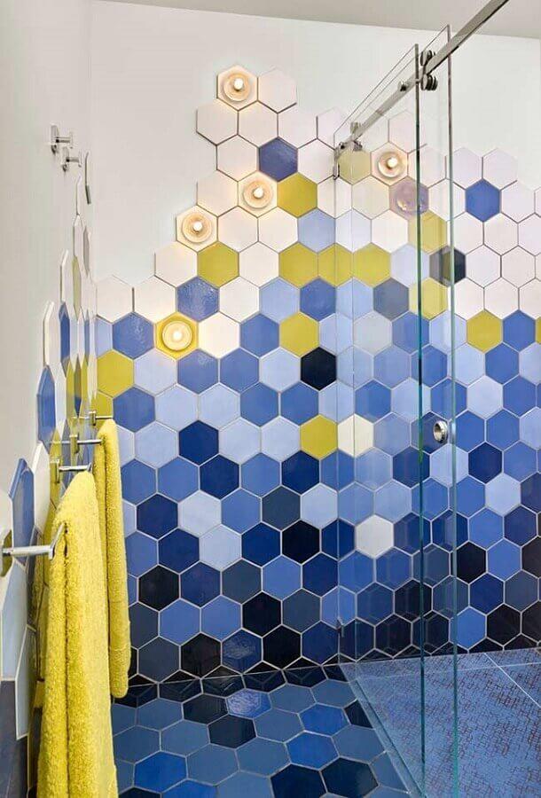 revestimento hexagonal para decoração de banheiro azul Foto Ideias Decor