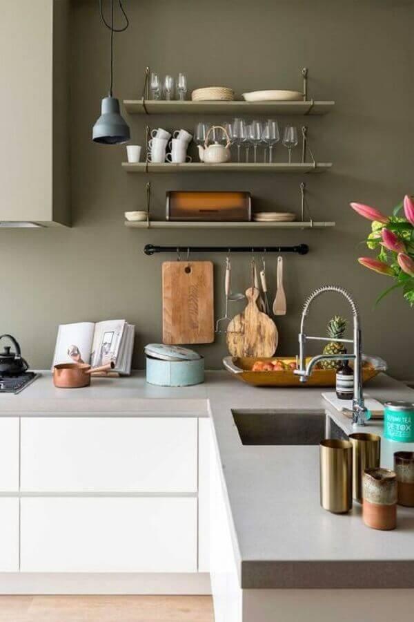 tinta verde oliva para decoração de cozinha planejada Foto Habitissimo