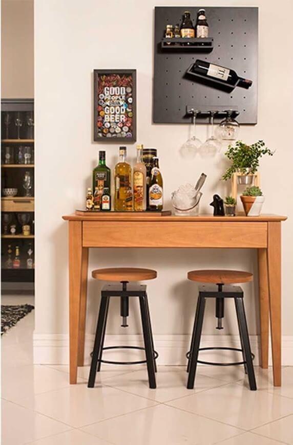 Aparador bar de madeira para sala