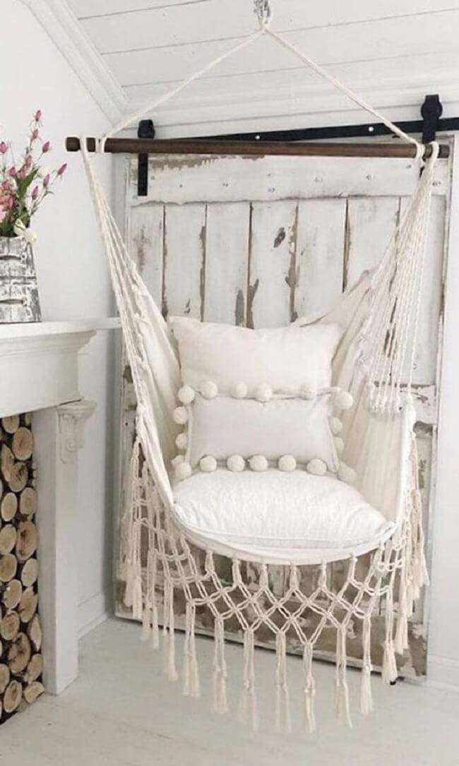 As almofadas deixam a cadeira de rede ainda mais confortável