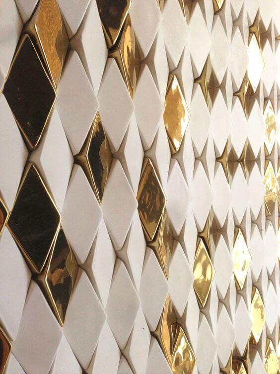 Azulejo 3D dourado e branco para sala