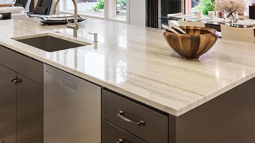 Bancada de granito bege para área gourmet