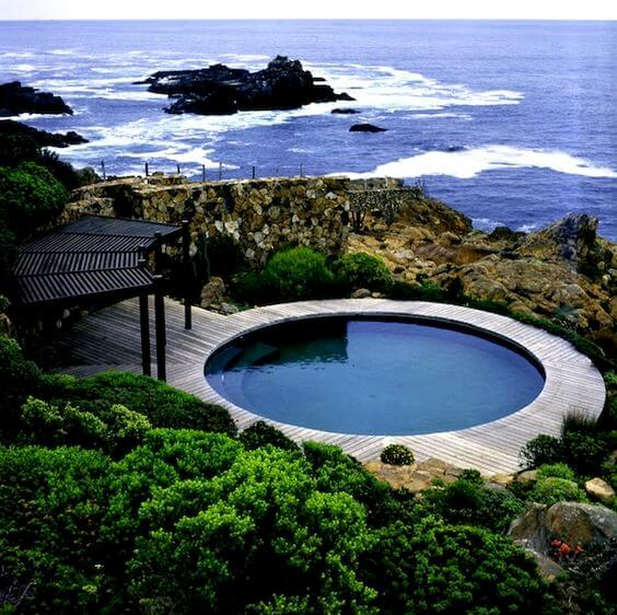 Casa de praia com piscina estrutura redonda. Fonte: Pinterest