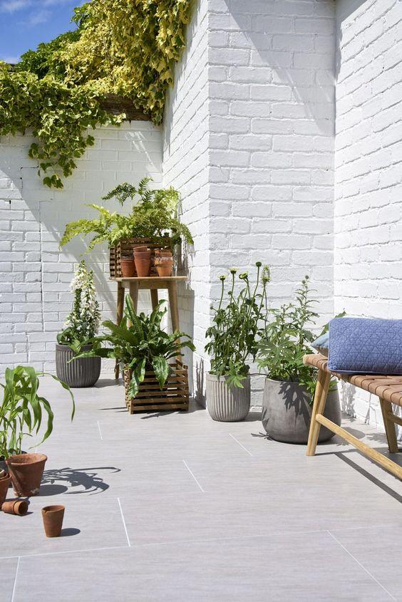 Ceramica para area externa com papel de parede de tijolinho