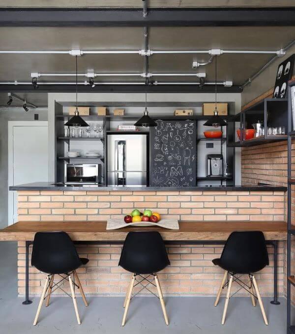 Cozinha com revestimento 3D bege de tijolinho