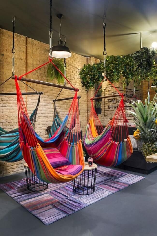Crie um ambiente descontraído e divertido com cadeira tipo rede