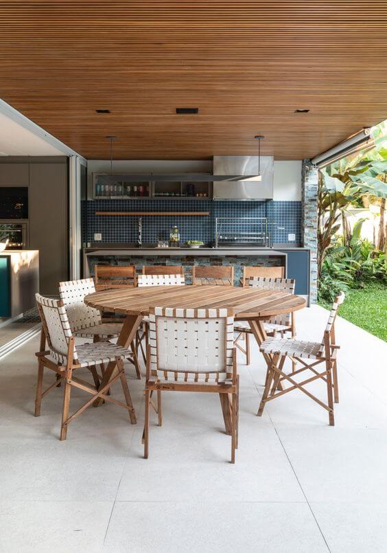 Decoração prático com mesa para área externa redonda de madeira