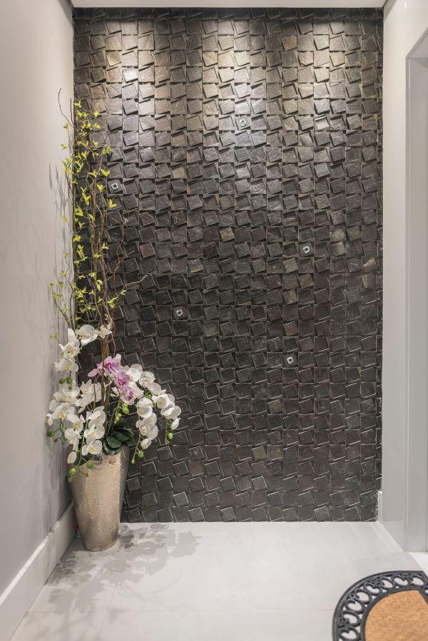 Lavanderia preta com azulejo 3D