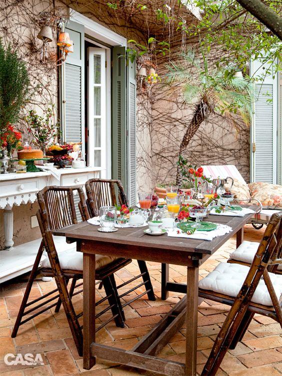 Mesa de jardim 4 lugares de madeira