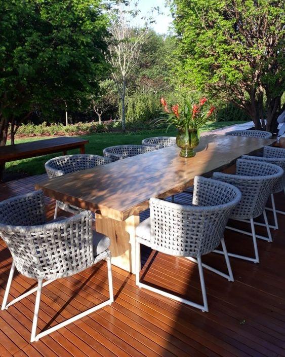 Mesa de jardim com cadeira de fibra sintetica