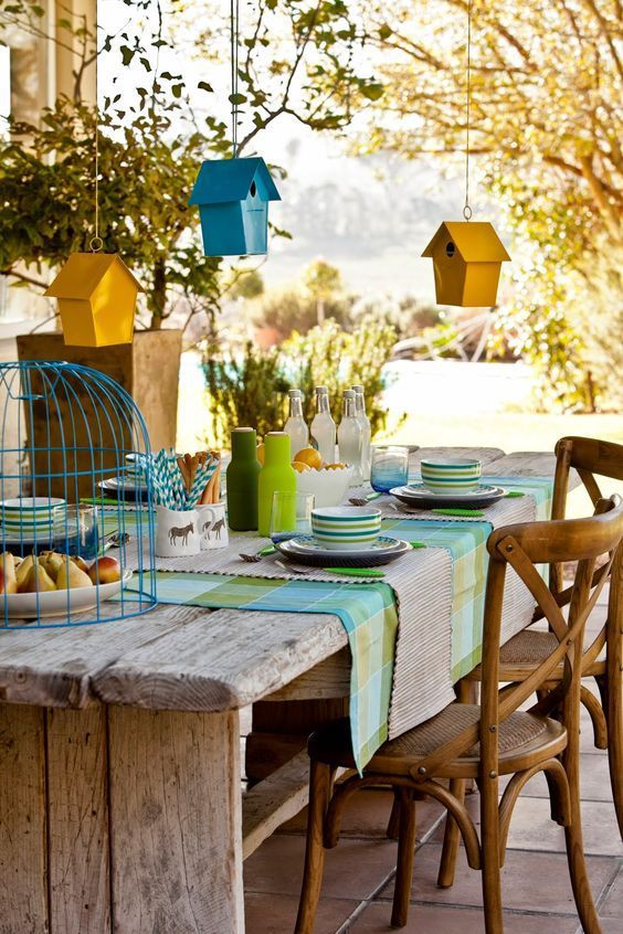 Mesa de jardim retangular de madeira