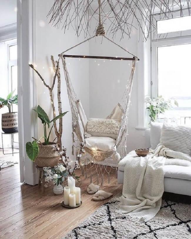 O cordão de luz pode decorar sua cadeira de rede suspensa