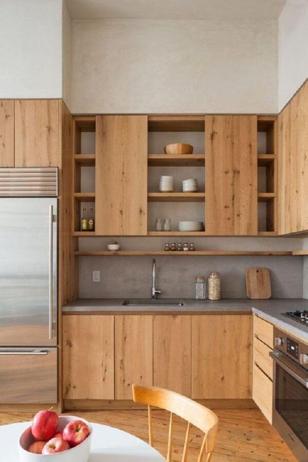 O silestone cinza se encaixou perfeitamente neste projeto de cozinha