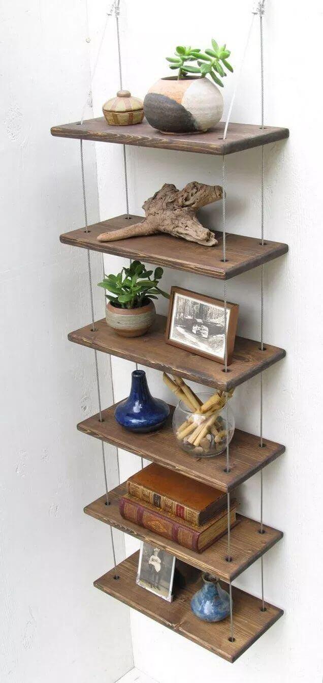 Prateleira rustica de madeira suspensa