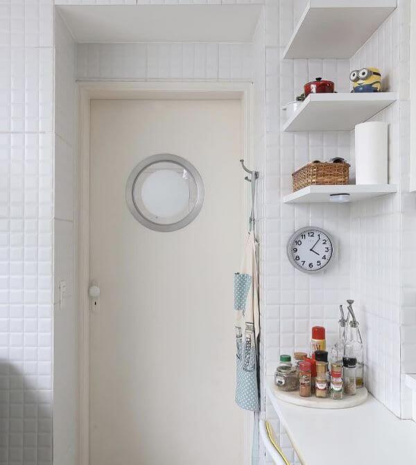 Revestimento 3D para cozinha branca e moderna
