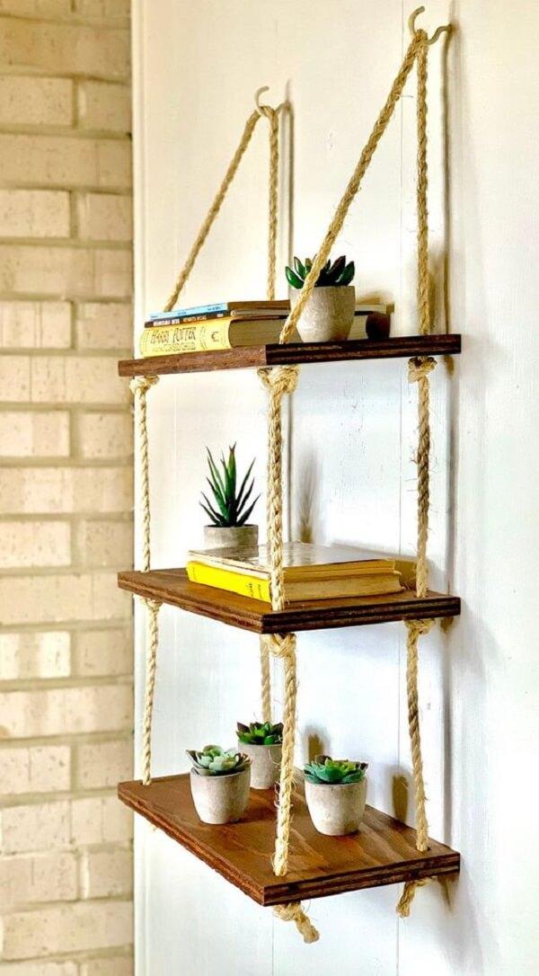 Utilize cada módulo da prateleira de corda para expor objetos especiais. Fonte: Pinterest