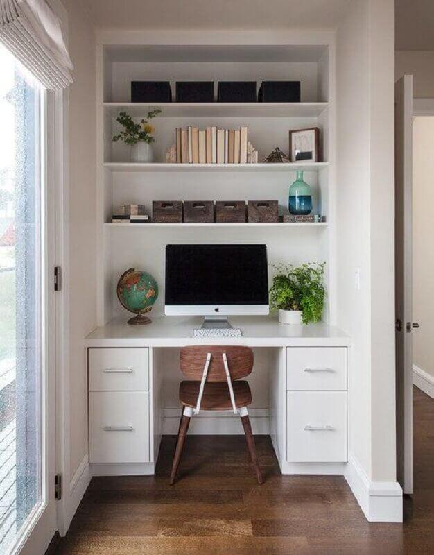 cadeira de estudo simples para escrivaninha branca Foto Jeito de Casa