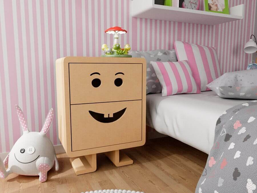 criado mudo de madeira personalizado para decoração de quarto infantil Foto Pinterest