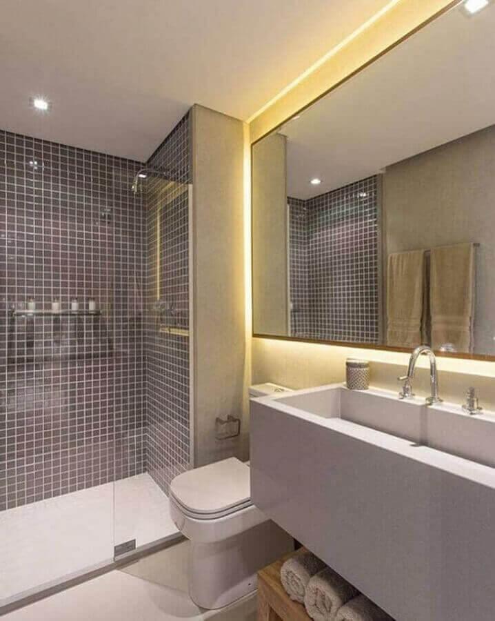 decoração com revestimento cinza para banheiro Foto Sesso & Dalanezi Arquitetura