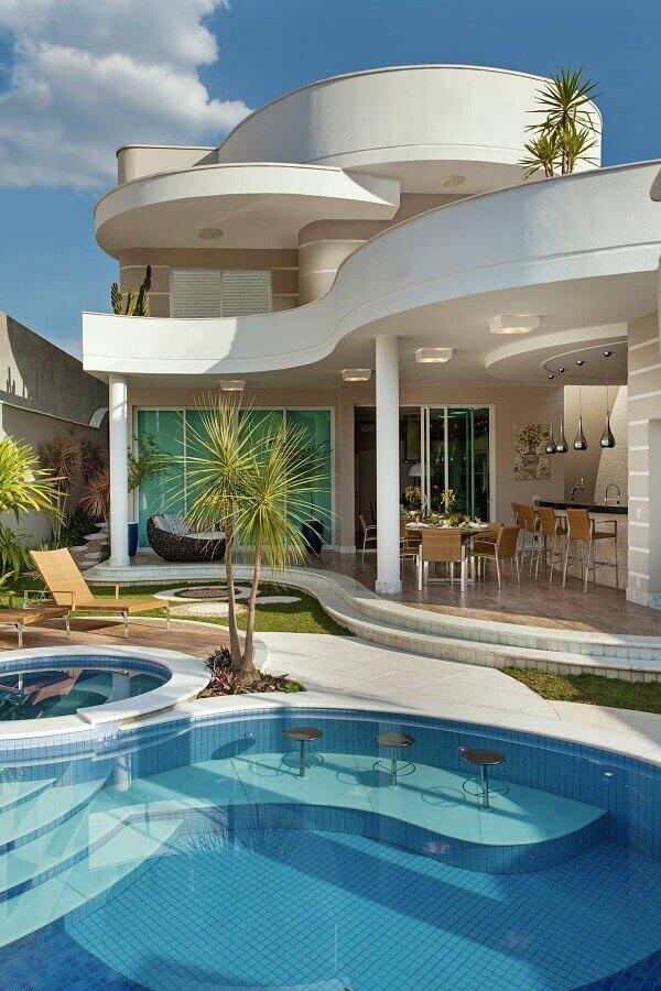 decoração de área gourmet moderna com piscina Foto Homify