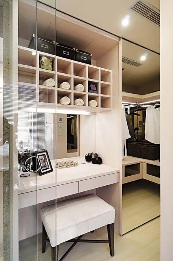 decoração de closet com penteadeira embutida Foto Home Fashion Trend