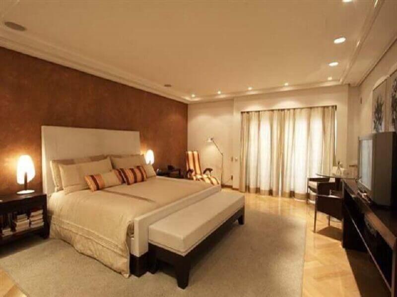 decoração de quarto de casal amplo bege e marrom Foto Pinterest