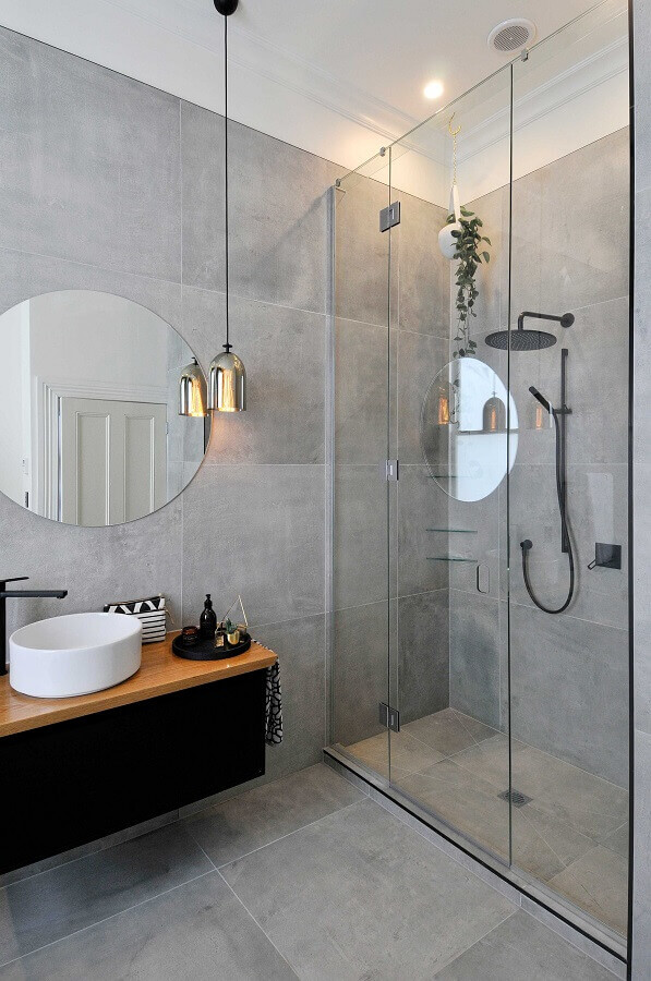 decoração estilo industrial para banheiro com revestimento cinza Foto Apartment Therapy
