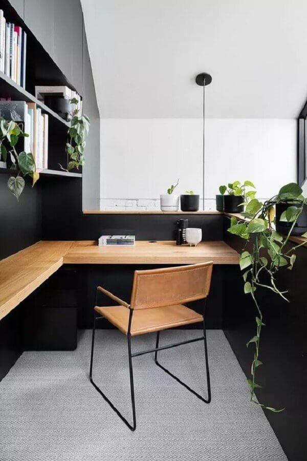 decoração moderna com bancada de madeira de canto e cadeira de estudo estilo industrial Foto Home Fashion Trend