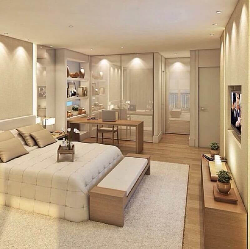 decoração moderna com banco de madeira para quarto de casal bege amplo Foto Pinterest