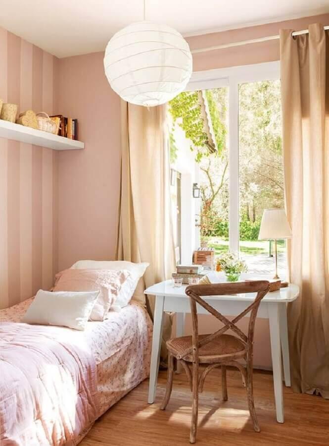 decoração simples com cadeira para quarto feminino rosa Foto PUFIK Interiors & Inspirations