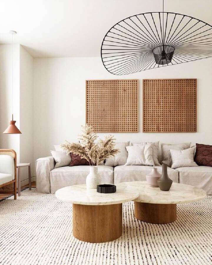 estilo japandi para decoração de sala com mesa de centro redonda Foto Chloe Dominik