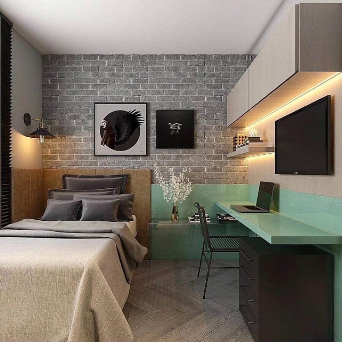 mesa de estudo para quarto de solteiro moderno decorado com gaveteiro preto e papel de parede tijolinho Foto Houzz