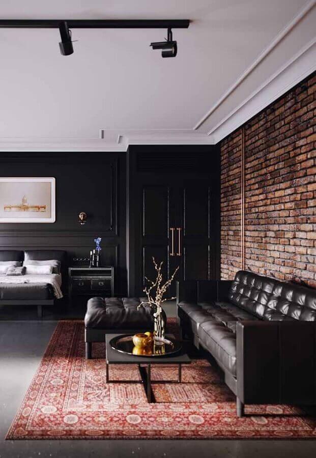 modelos de tapetes para sala preta decorada com parede de tijolinho rústica Foto Jeito de Casa