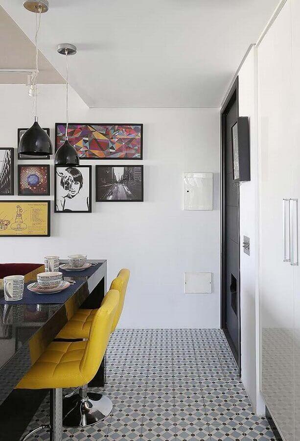 parede com quadros para decoração de cozinha americana Foto Pinterest