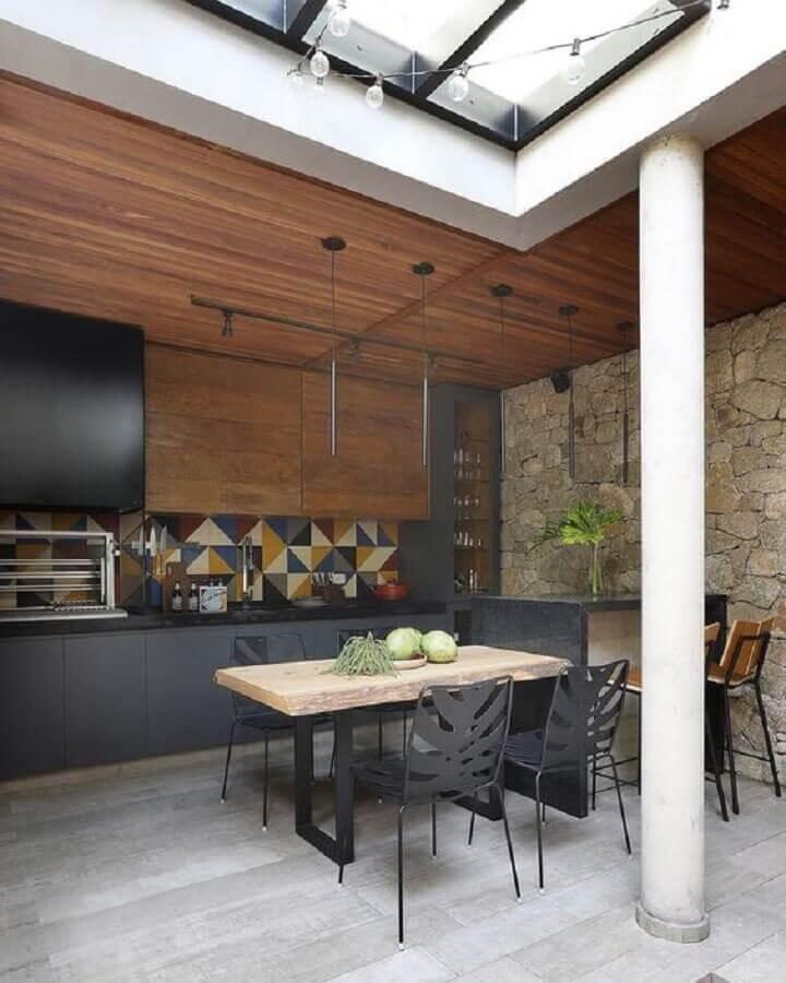 parede rústica de pedra para decoração de área gourmet moderna Foto Decor Salteado