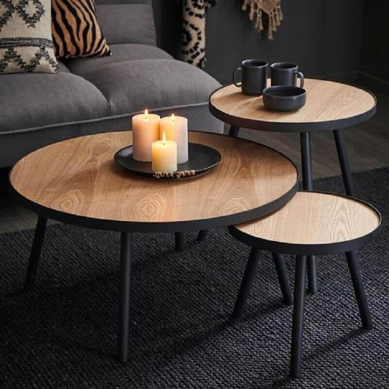 trio de mesa de centro redonda de madeira para decoração de sala preta Foto Casashops