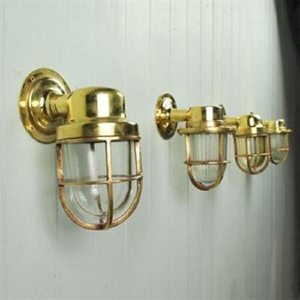 Arandela industrial em dourado estilo vintage
