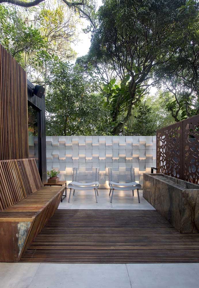 Banco de jardim de madeira moderno