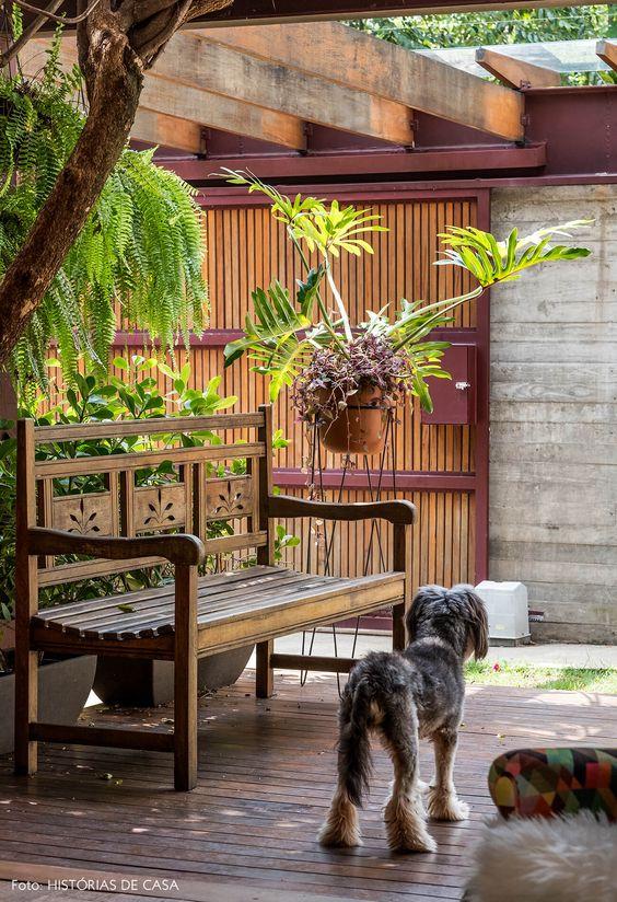 Banco de jardim de madeira rustica