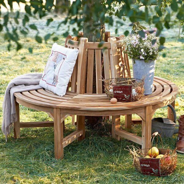 Banco de jardim redondo de madeira