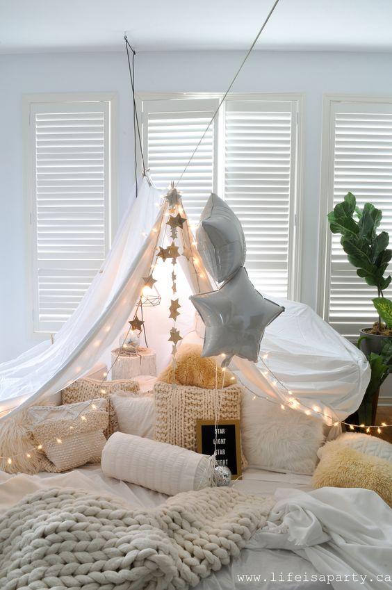Cabana em casa romântica