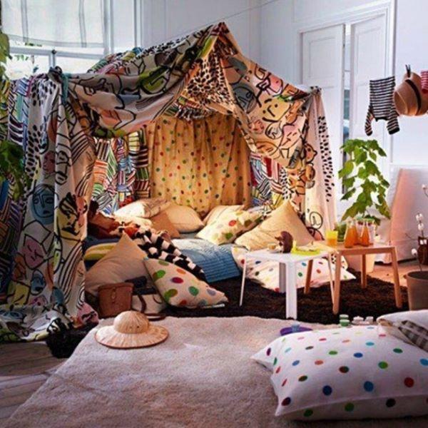Como fazer cabana em casa com tecidos coloridos