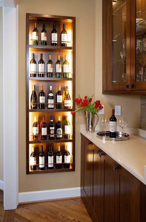 Cristaleira de parede da cozinha compacta com vinhos