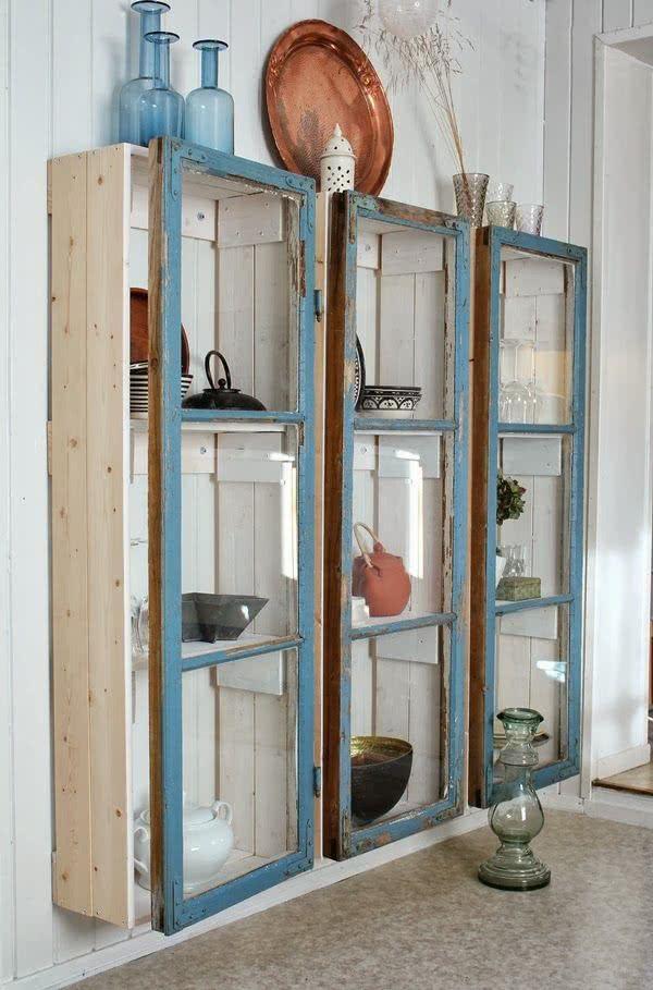 Cristaleira de parede rustica de madeira